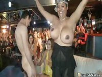 Pretty ladies got wild in a club