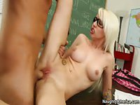 Blonde student learned a dirty lesson