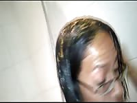 Spoiled Taiwan slut adores smearing her head with her own shit